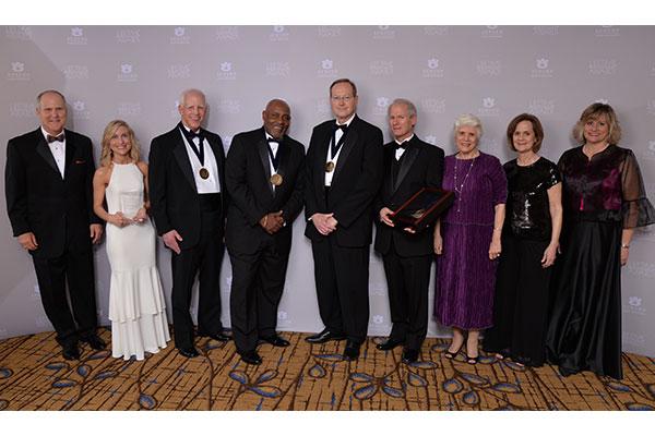 Recipients of the 2019 Auburn Alumni Association Lifetime Achievement Award pose for a photo.